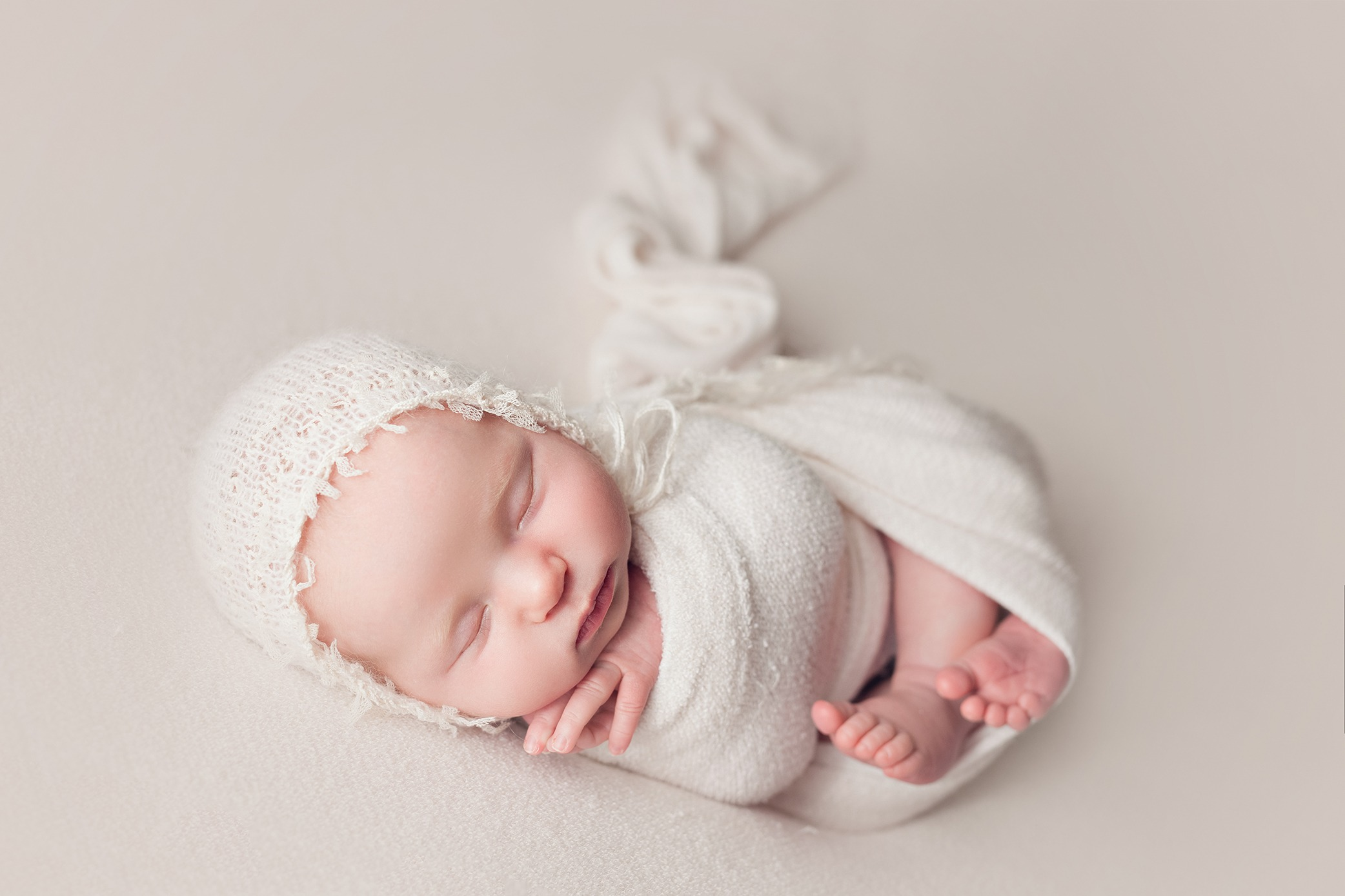 Rochester-newborn-photographer-04